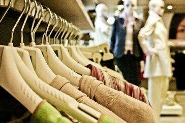 Less waste w garderobie? Zadbaj o środowisko w kilku prostych krokach!